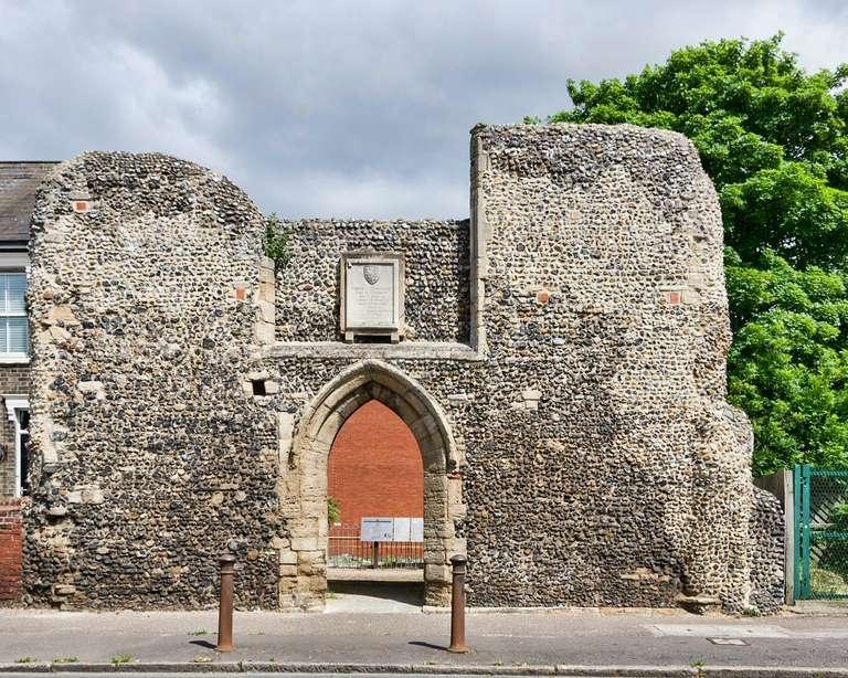 St Saviours Hopsital ruins